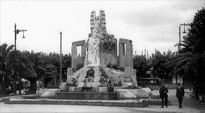 monumento-a-curros-sin-el-embajador