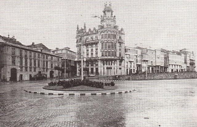1966. Porta Real