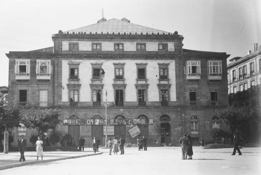 1936. despues del bonbadeo desde parrote. arquivo do reino
